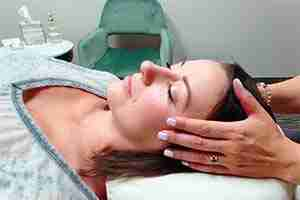 Chakra Balancing Massage Therapy Reiki Energy Healing Spa Massage Therapist Therapeutic Deep Tissue Massage Lisa Foresman Enlumnia Energy Spa Dallas TX Copyright 2021